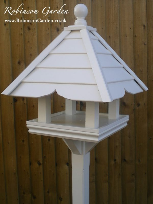 Robinson_Garden_Bird_table_Montague