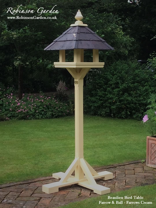 Beaulieu-Bespoke-bird-table-01