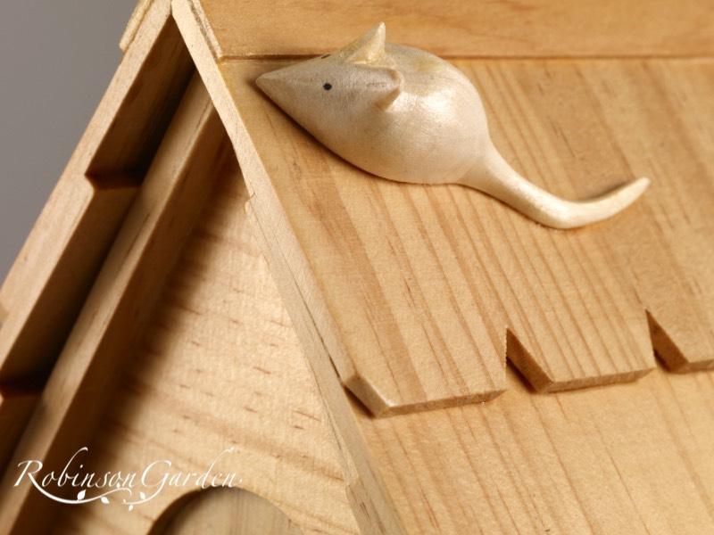 Stamford Bespoke Bird box Nest Box - Varnished