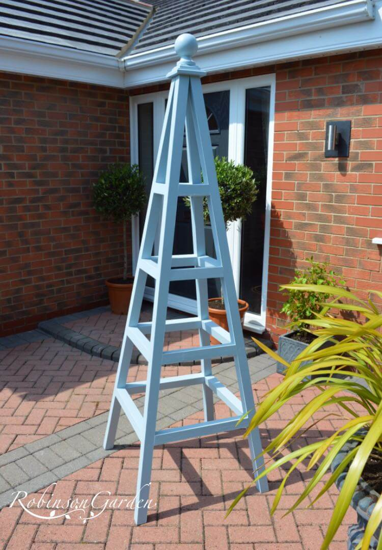 Windsor Bespoke Wooden Obelisk - Parma Gray